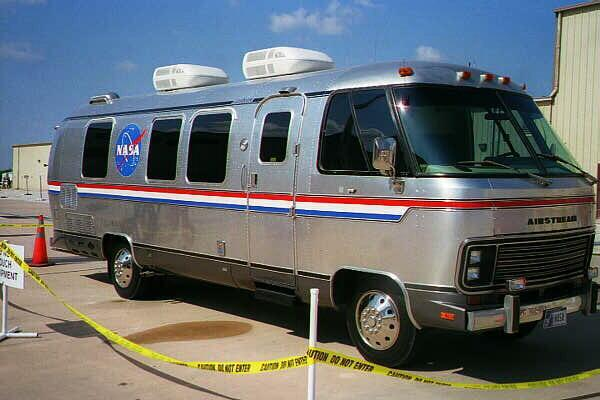 1988 Motorhome Owners Manual, by Airstream