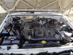 1985 Toyota MRV 22R-E engine.JPG