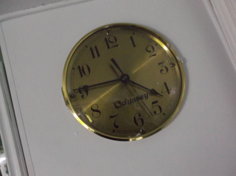Vintage Clock - 1990 - Odyssey - gold color.JPG