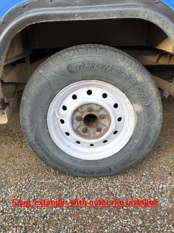 5 lug adapter with outer rim.jpg